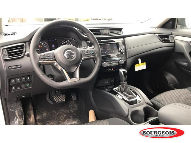 2019 Nissan Rogue SV (Stk: 019RG8) in Midland - Image 6 of 16