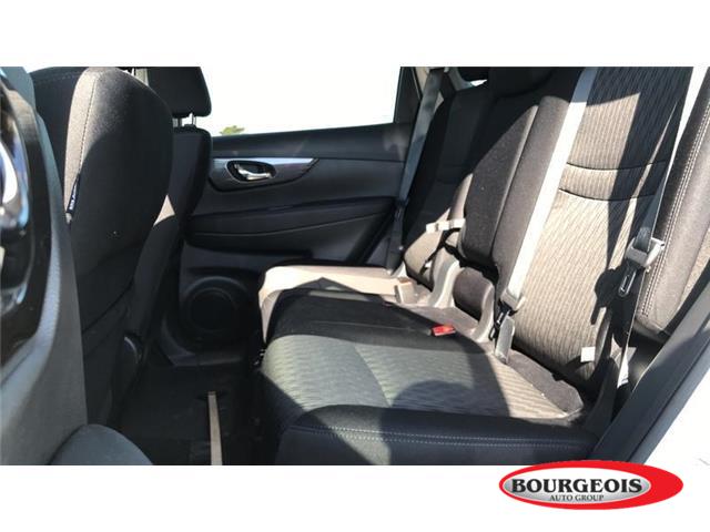 2019 Nissan Rogue SV (Stk: 000U10) in Midland - Image 6 of 16