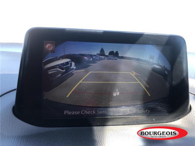 2018 Mazda Mazda3 Sport GS (Stk: 19FR2A) in Midland - Image 11 of 16