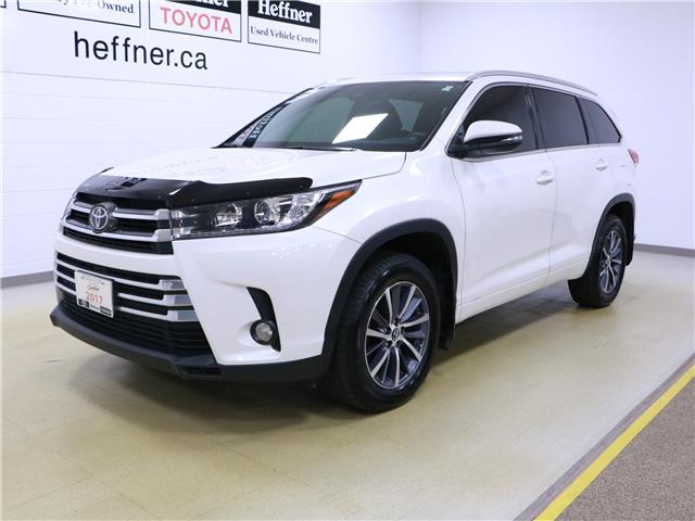 2017 Toyota Highlander XLE (Stk: 195829) in Kitchener - Image 1 of 34