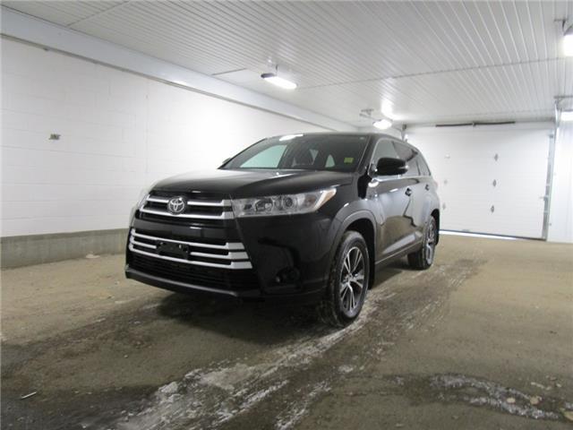 2019 Toyota Highlander LE (Stk: F171061) in Regina - Image 1 of 33