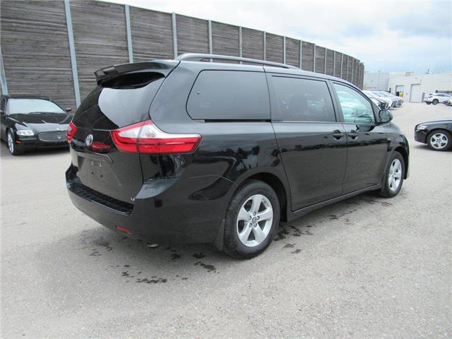 2018 Toyota Sienna LE 8-Passenger (Stk: 16172A) in Toronto - Image 11 of 14