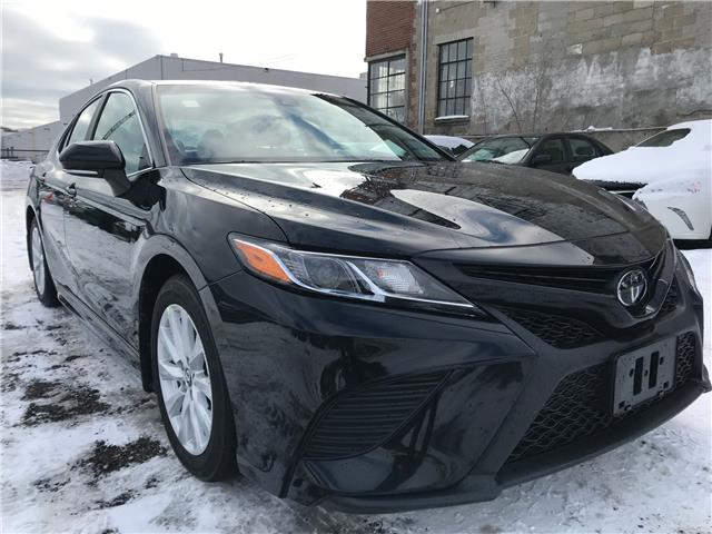 2018 Toyota Camry SE (Stk: 16687A) in Toronto - Image 1 of 27