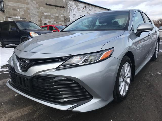 2018 Toyota Camry LE (Stk: 79688A) in Toronto - Image 2 of 24