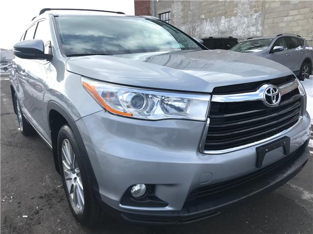 2016 Toyota Highlander XLE (Stk: 16839A) in Toronto - Image 1 of 27
