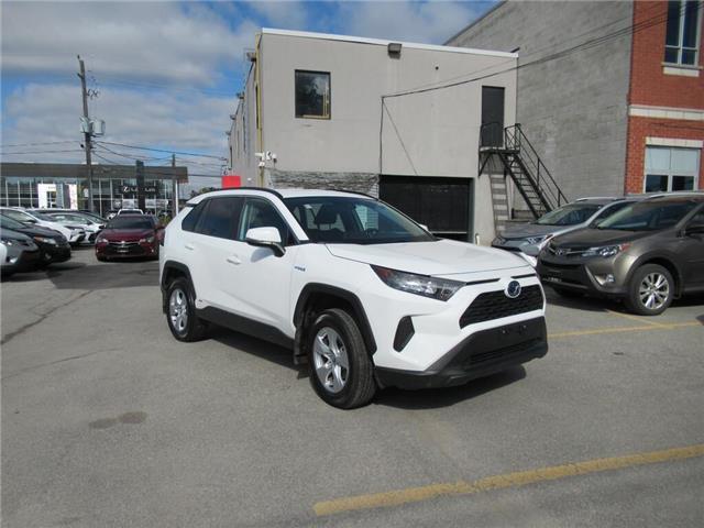 2019 Toyota RAV4 Hybrid LE (Stk: 16577A) in Toronto - Image 1 of 15