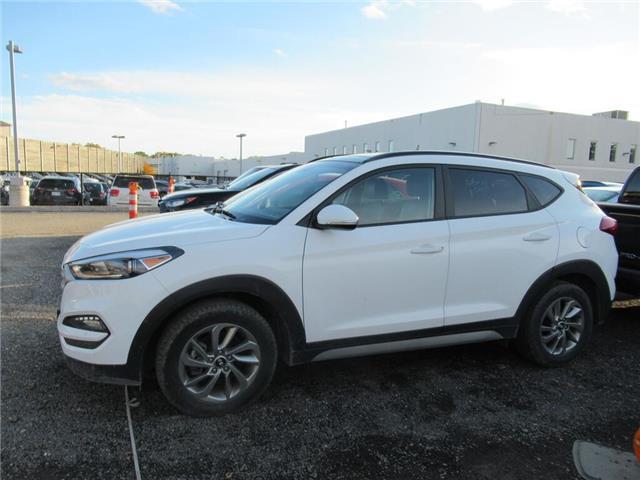 2018 Hyundai Tucson Base 2.0L (Stk: 16598A) in Toronto - Image 1 of 13