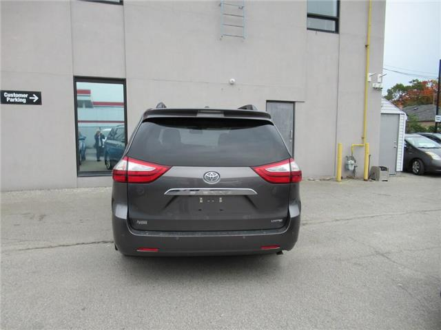 2017 Toyota Sienna 7 Passenger (Stk: 16610A) in Toronto - Image 2 of 13
