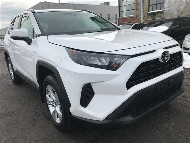 2019 Toyota RAV4 LE (Stk: 16799A) in Toronto - Image 1 of 27