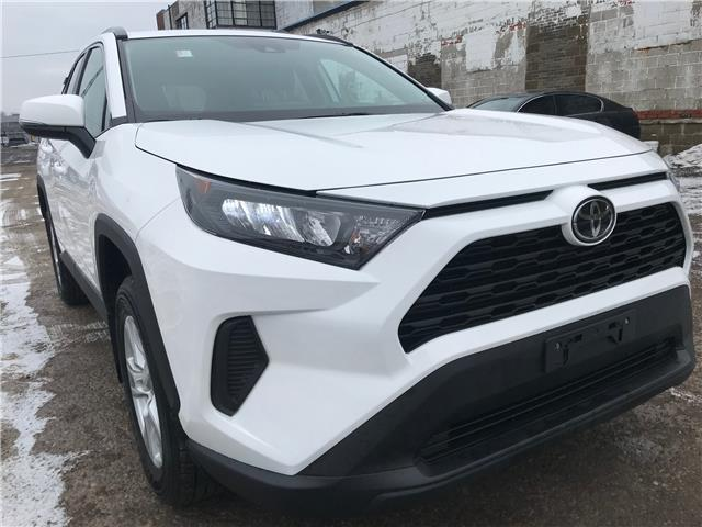 2019 Toyota RAV4 LE (Stk: 16807A) in Toronto - Image 1 of 28