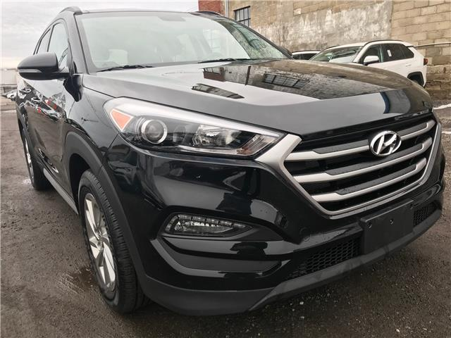 2018 Hyundai Tucson SE 2.0L (Stk: 16822A) in Toronto - Image 1 of 28