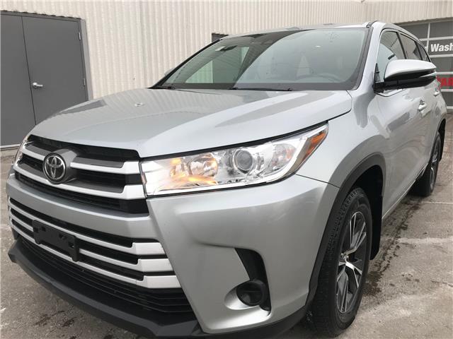 2017 Toyota Highlander LE (Stk: 16836A) in Toronto - Image 2 of 23