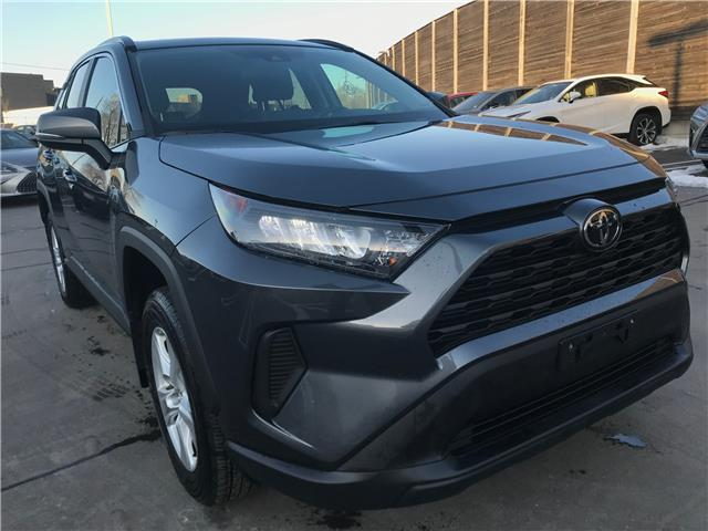 2019 Toyota RAV4 LE (Stk: 16856A) in Toronto - Image 1 of 27