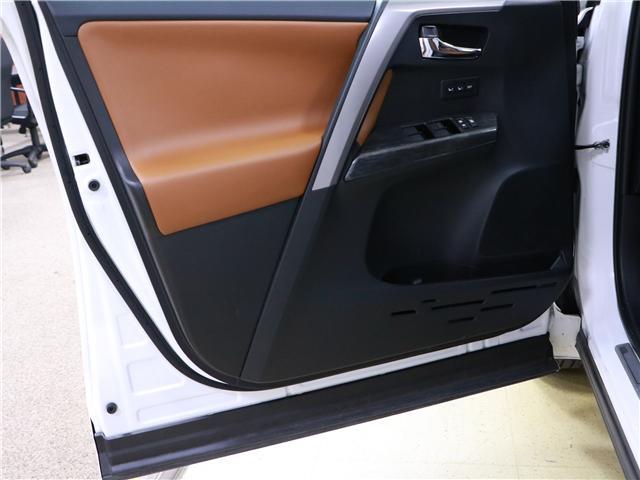 2018 Toyota RAV4 Limited (Stk: 195525) in Kitchener - Image 12 of 33