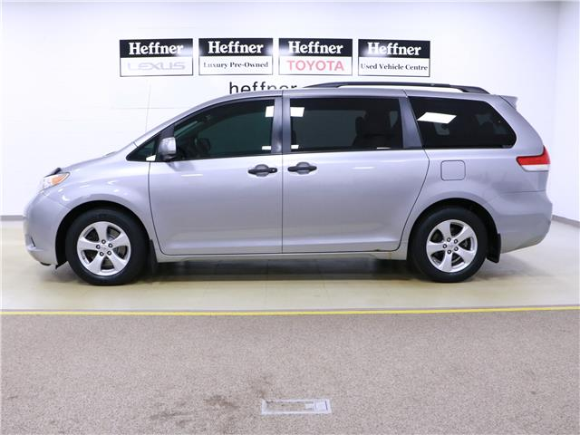 2011 Toyota Sienna  (Stk: 195568) in Kitchener - Image 2 of 28