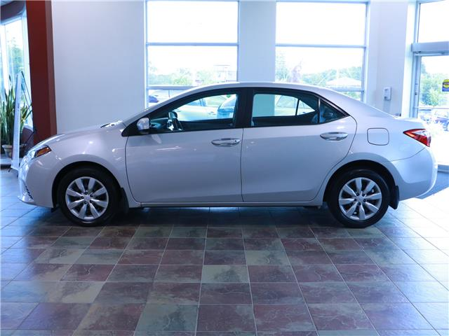 2015 Toyota Corolla LE (Stk: 195981) in Kitchener - Image 2 of 30
