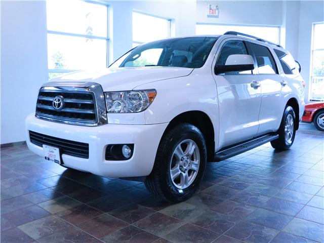 2017 Toyota Sequoia SR5 5.7L V8 (Stk: 196006) in Kitchener - Image 1 of 33