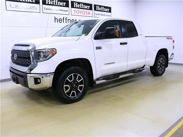 2018 Toyota Tundra SR5 Plus 5.7L V8 (Stk: 196134) in Kitchener - Image 1 of 31