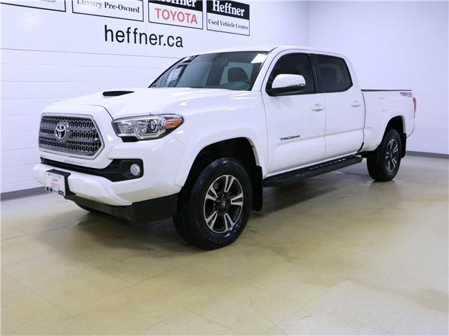 2017 Toyota Tacoma SR5 (Stk: 205016) in Kitchener - Image 1 of 31