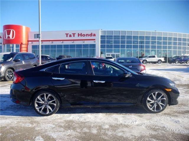 2019 Honda Civic Touring (Stk: 2190267) in Calgary - Image 2 of 9