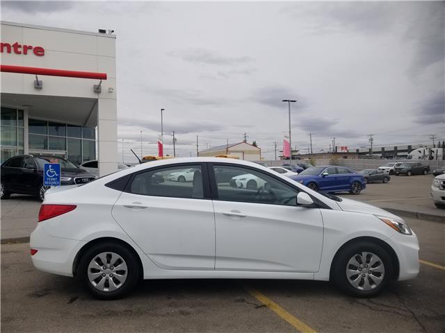 2017 Hyundai Accent GL (Stk: U194319) in Calgary - Image 2 of 23