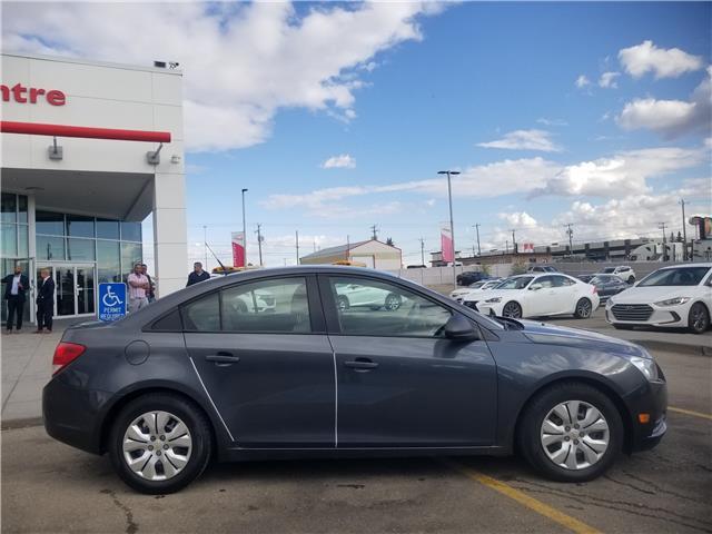 2013 Chevrolet Cruze LS (Stk: U194343V) in Calgary - Image 2 of 21