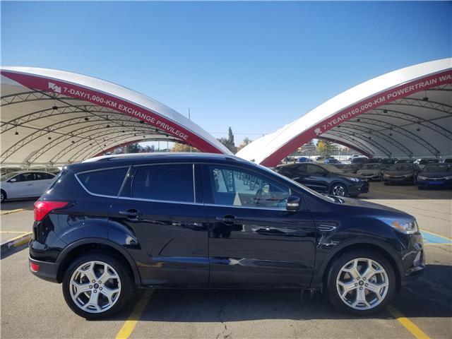 2019 Ford Escape Titanium (Stk: U194360) in Calgary - Image 2 of 29