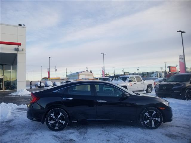 2017 Honda Civic Touring (Stk: 2200056A) in Calgary - Image 2 of 30