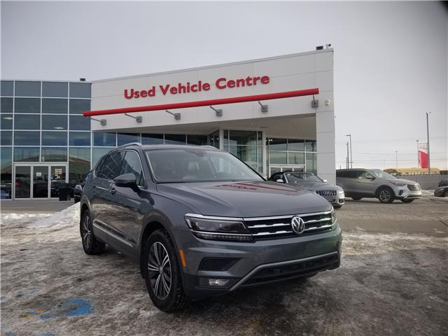 2018 Volkswagen Tiguan Highline (Stk: U204018) in Calgary - Image 1 of 30