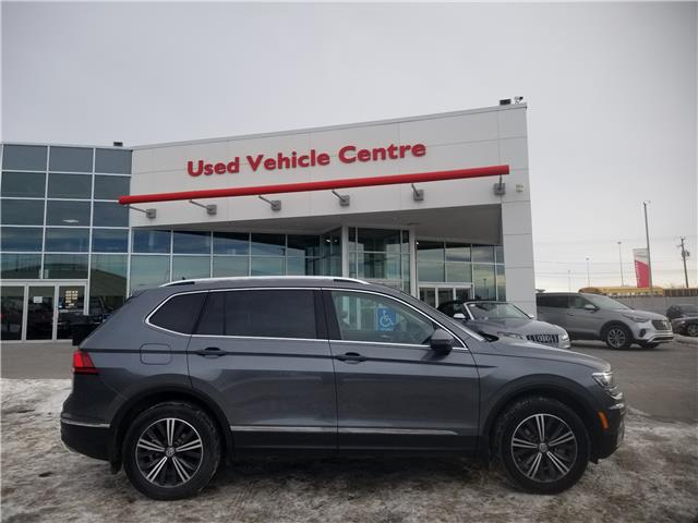 2018 Volkswagen Tiguan Highline (Stk: U204018) in Calgary - Image 2 of 30