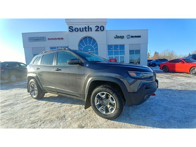 2019 Jeep Cherokee Trailhawk (Stk: 32456A) in Humboldt - Image 1 of 8