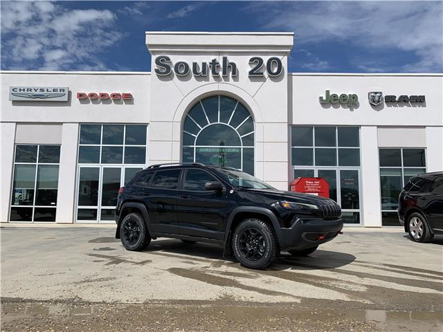2020 Jeep Cherokee Trailhawk (Stk: 40023) in Humboldt - Image 1 of 26