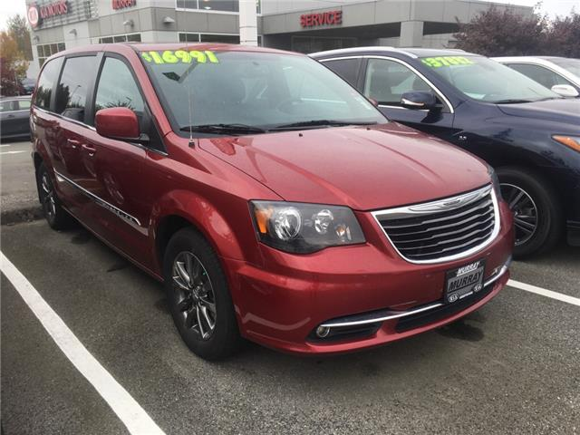 2015 Chrysler Town & Country S (Stk: M1425) in Abbotsford - Image 1 of 2