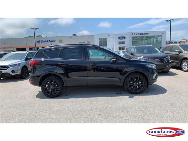 2019 Ford Escape Titanium (Stk: 19T876) in Midland - Image 2 of 18