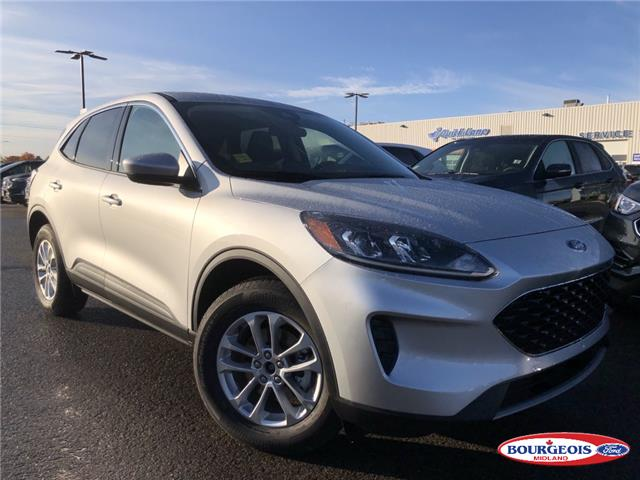 2020 Ford Escape SE (Stk: 020T17) in Midland - Image 1 of 16