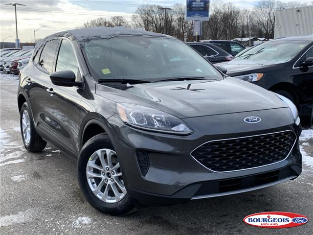 2020 Ford Escape SE (Stk: 020T54) in Midland - Image 1 of 17