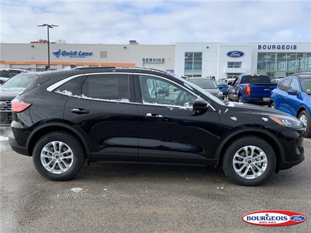 2020 Ford Escape SE (Stk: 020T53) in Midland - Image 2 of 17