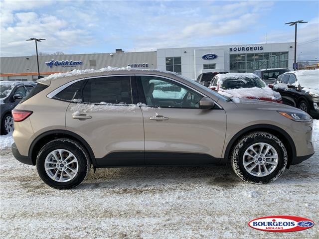 2020 Ford Escape SE (Stk: 020T88) in Midland - Image 2 of 16