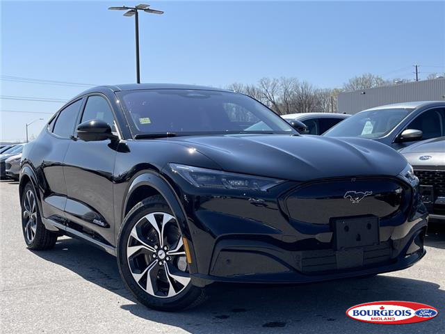 2021 Ford Mustang Mach-E Premium (Stk: 21T292) in Midland - Image 1 of 18
