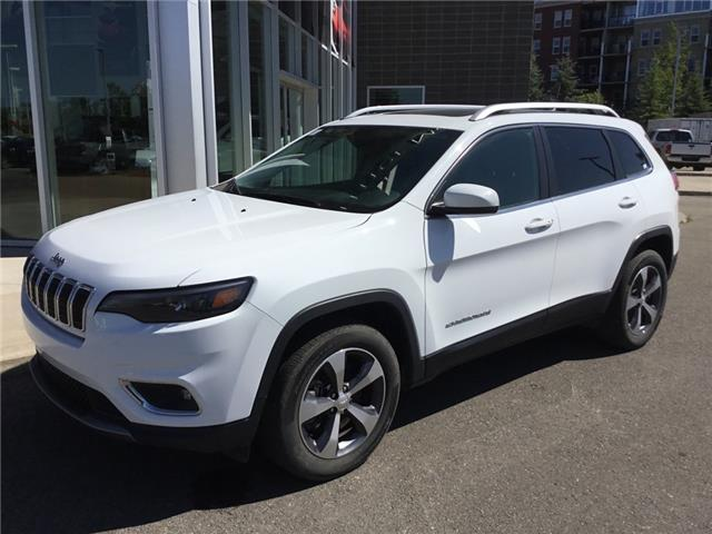 2019 Jeep Cherokee Limited (Stk: K8132) in Calgary - Image 1 of 21