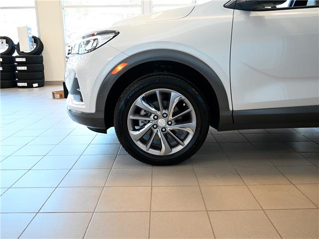 2020 Buick Encore GX Essence (Stk: 202940) in Kitchener - Image 2 of 17
