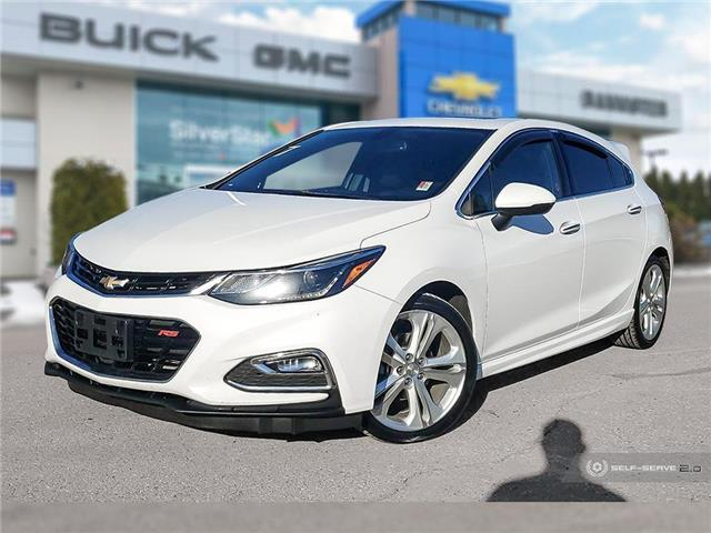 2017 Chevrolet Cruze Hatch Premier Auto (Stk: 20103A) in Vernon - Image 1 of 25