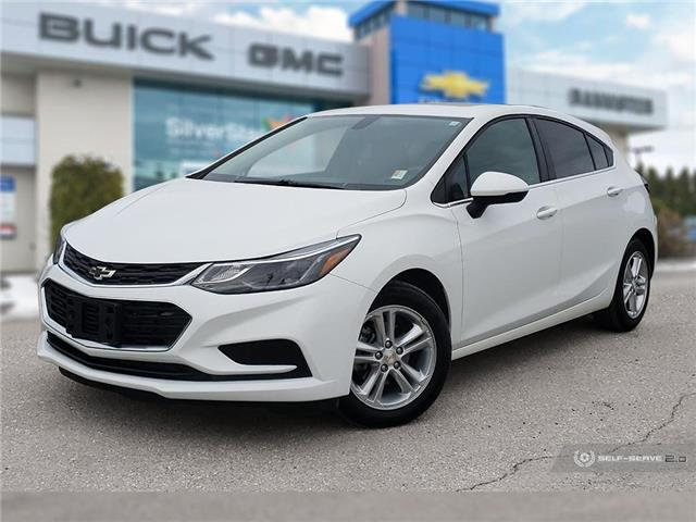 2017 Chevrolet Cruze Hatch LT Auto (Stk: P20325) in Vernon - Image 1 of 24