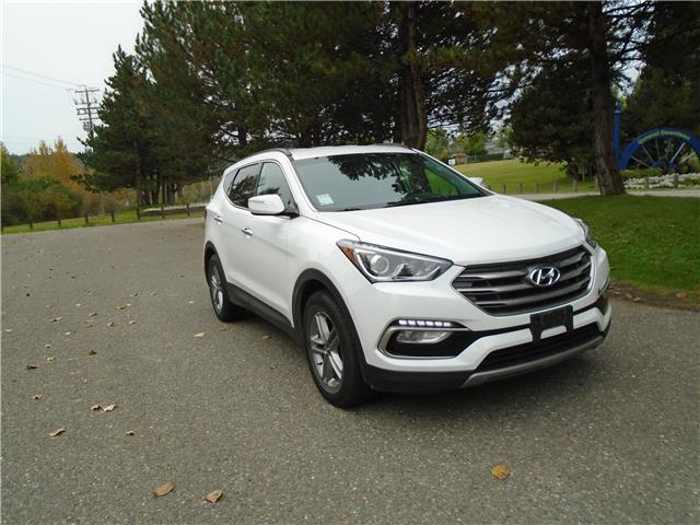 2018 Hyundai Santa Fe Sport 2.4 Luxury (Stk: 9798) in Quesnel - Image 1 of 29