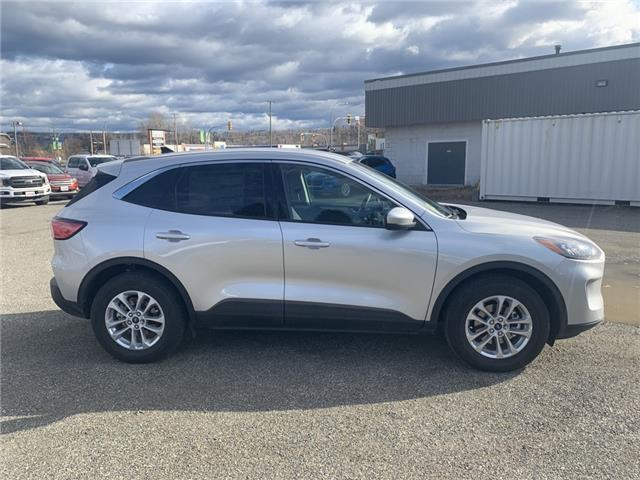 2020 Ford Escape SE (Stk: 20T001) in Quesnel - Image 2 of 15