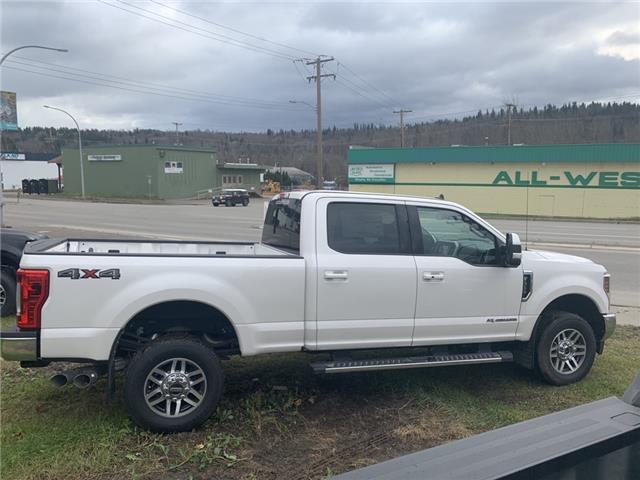 2019 Ford F-350 Lariat (Stk: 19T056) in Quesnel - Image 2 of 15