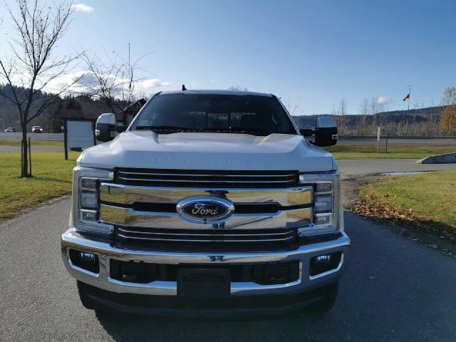 2019 Ford F-350 Lariat (Stk: 19T204) in Quesnel - Image 2 of 14