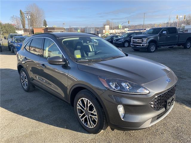 2020 Ford Escape SEL (Stk: 20T002) in Quesnel - Image 1 of 17