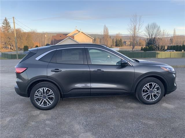 2020 Ford Escape SEL (Stk: 20T009) in Quesnel - Image 2 of 15