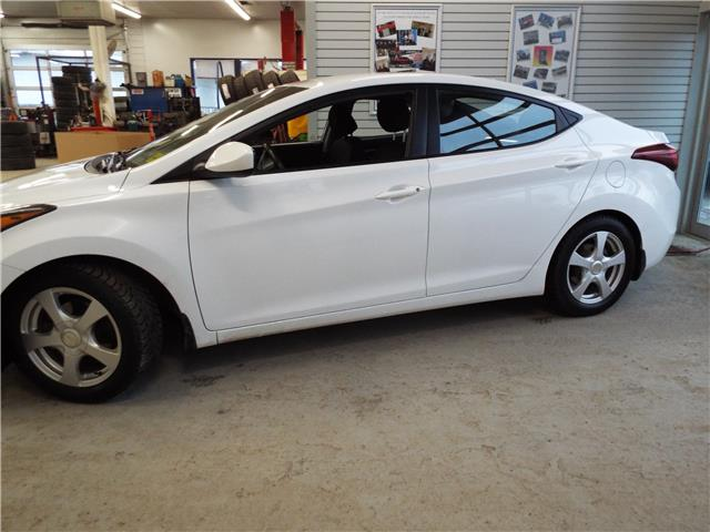 2015 Hyundai Elantra Limited (Stk: 19015A) in Quesnel - Image 2 of 21